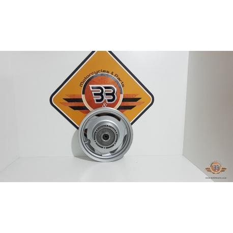 Rear Wheel Honda Shadow VT 1100 - C2 - SC 43E - 2004<p>Honda Shadow VT 1100 - C2 - SC 43E - 2004</p>