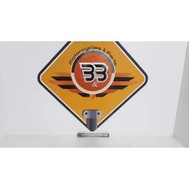 Front Wheel Spindle Axle Honda CBF 600 NA - HORNET - PC 38F - 2005 Honda CBF 600 NA - HORNET - PC 38F - 2005