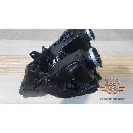 Airbox / Air Filter Box Triumph Bonneville T 100 - Black - 2015<p>Triumph Bonneville T 100 - Black - 2015</p>