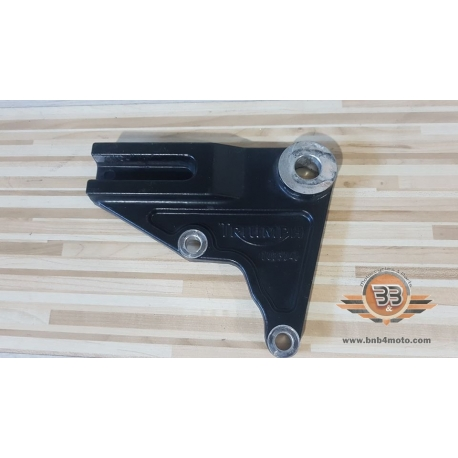 Holder Rear Brake Caliper Triumph Bonneville T 100 - Black - 2015<p>Triumph Bonneville T 100 - Black - 2015</p>