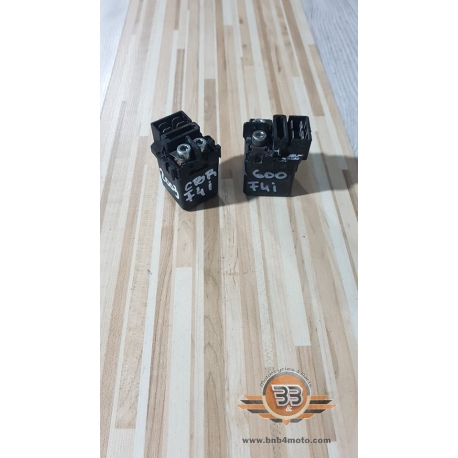Starter Solenoid Relay Honda CBR 600 - F4i - PC 36E - 2003<p>Honda CBR 600 - F4i - PC 36E - 2003</p>