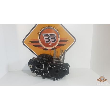 Crankcase - Black Triumph T 100 EFI - 2009<p>Triumph T 100 EFI - 2009</p>