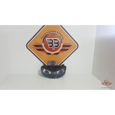 Headlight Honda CBR 919 - SC 33A - 1999<p>Honda CBR 919 - SC 33A - 1999</p>